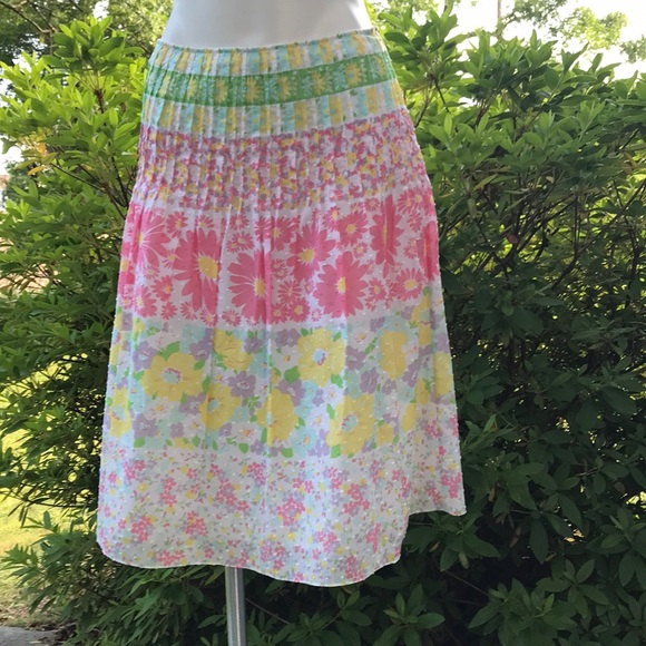 Harold's Dresses & Skirts - Women's Vintage Skirt💃🏾